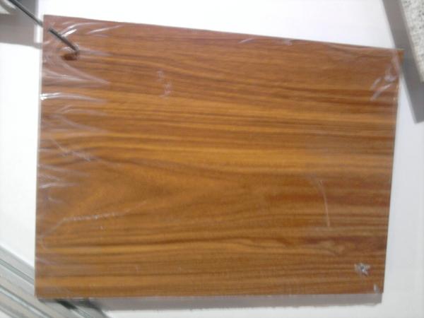 名称:仿木纹铝塑板