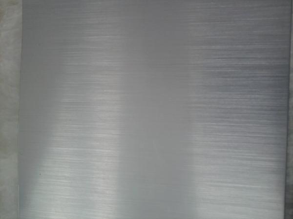仿不锈钢直纹拉丝